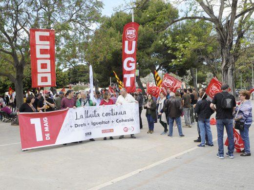 200 personas reivindican en Menorca los derechos de los trabajadores