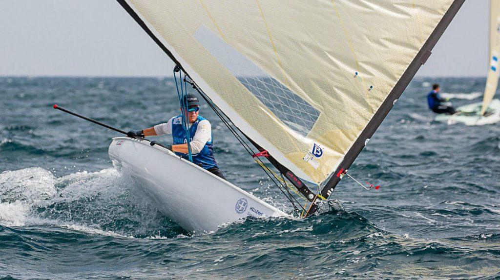 Cardona, en plena regata (Foto: RFEV)
