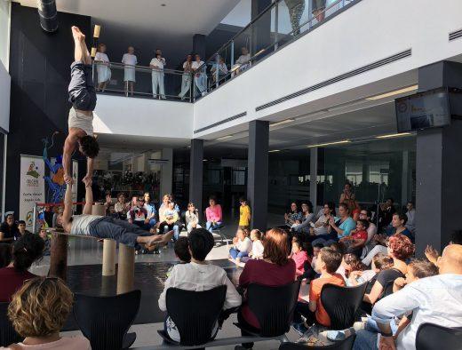 Un momento de la actuación (Fotos: Área de Salut)