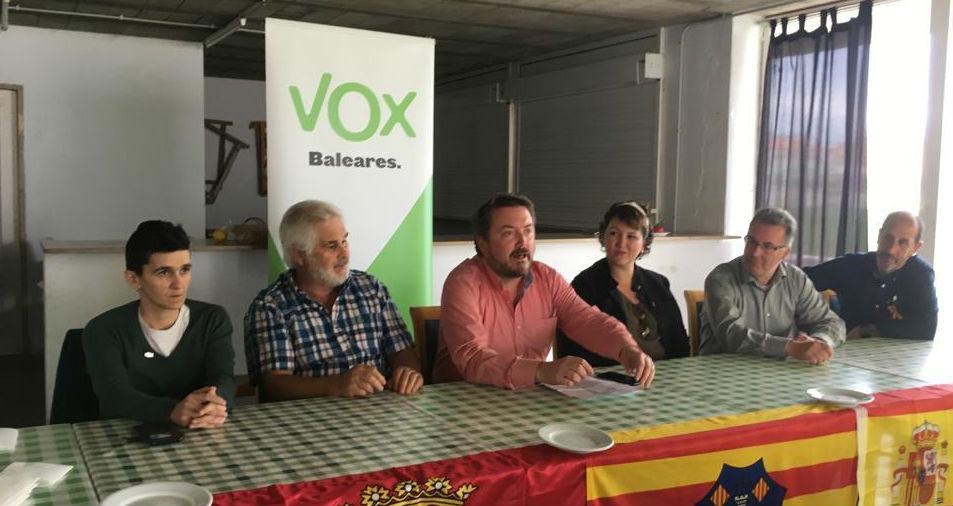 Rueda de prensa de Vox Menorca.