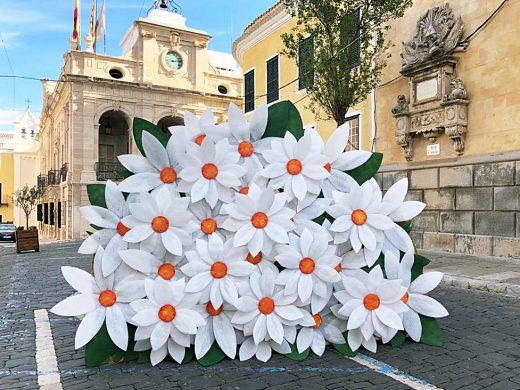 (Fotos) Maó se llena de flores