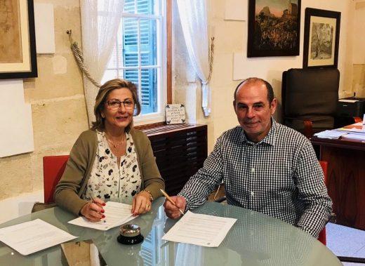 La alcaldesa, Misericordia Sugrañes y el presidente de la Junta del Polígono, Llorenç Carreras
