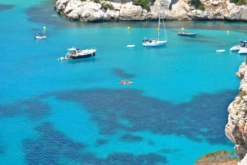 Parte del secreto de las cristalinas aguas de Menorca son las praderas de posidona
