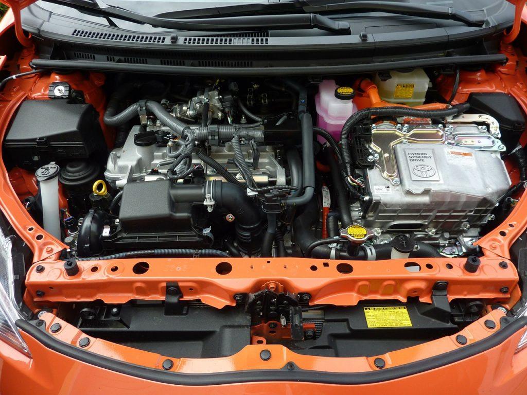 Motor de coche híbrido