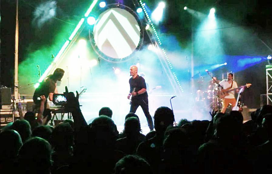 Pop rock que reúne a multitudes.