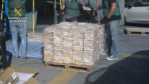 Material incautado (Fotos: Guardia Civil)