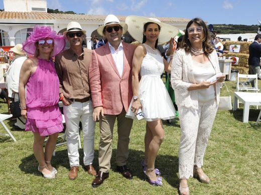 """(Galería de fotos) Glamour, famosos y caballos en el """"Hats & Horses"""""""