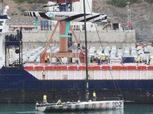 (Vídeo y fotos) Espectacular traslado de los TP52 de Maó a Cádiz