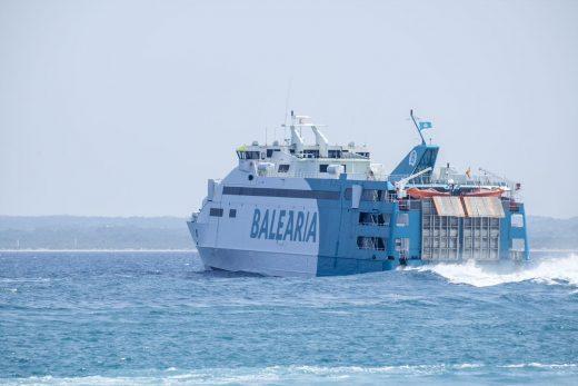 La naviera operará desde el 14 hasta el 28 de junio con los 'fast ferries Nixe' y 'Pinar del Río', además del 'ferry Martín i Soler', que conecta también con Barcelona.