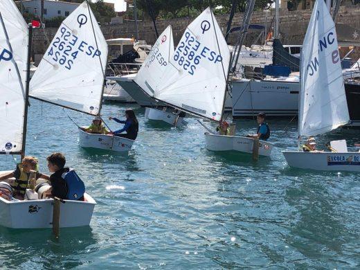 """(Fotos) Éxito del programa """"Vine a navegar"""" en Ciutadella"""