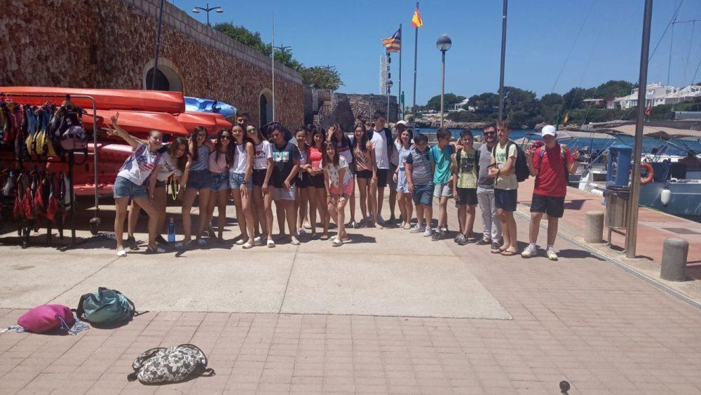 Foto de familia de los alumnos (Fotos: CN Ciutadella)