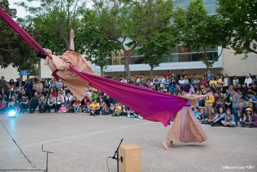 Portada en redes sociales de Makam dansa & circ