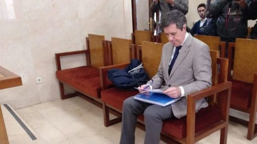 Matas esta mañana en la sala del Juzgado (Foto: Mallorcadiario)