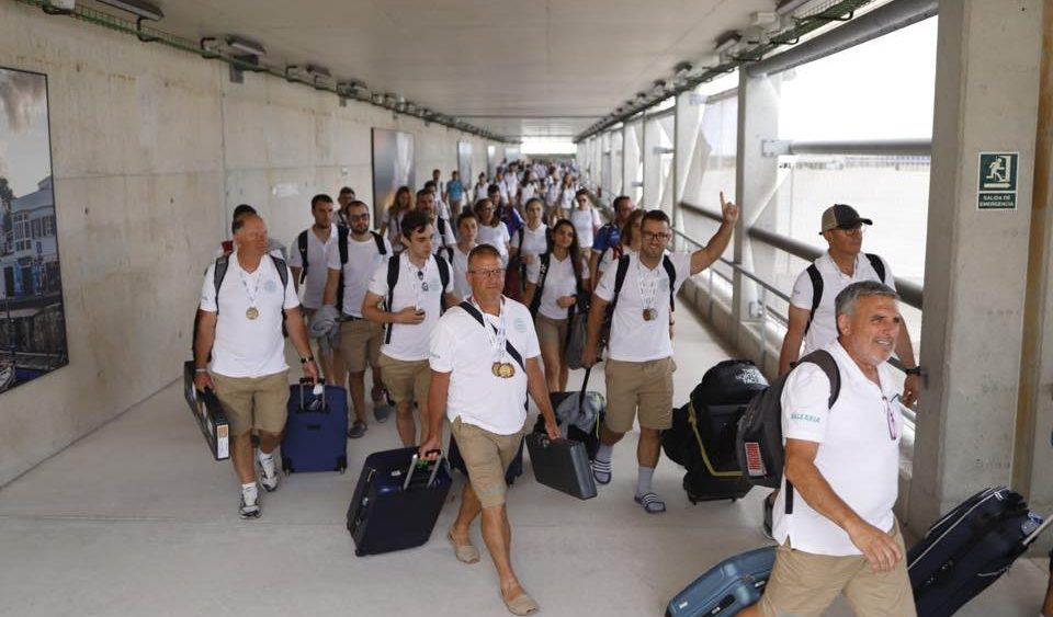 Imagen de la llegada de la delegación (Fotos: Carles Mascaró)