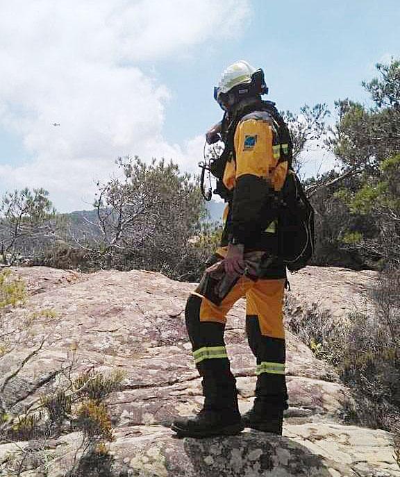 Los bomberos han actuado en los dos conatos de incendio que se han dado en Menorca este año (Foto: @iffbaleares)