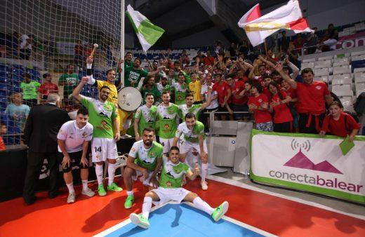 Jugadores y afición del Palma Futsal (Foto: Palma Futsal)