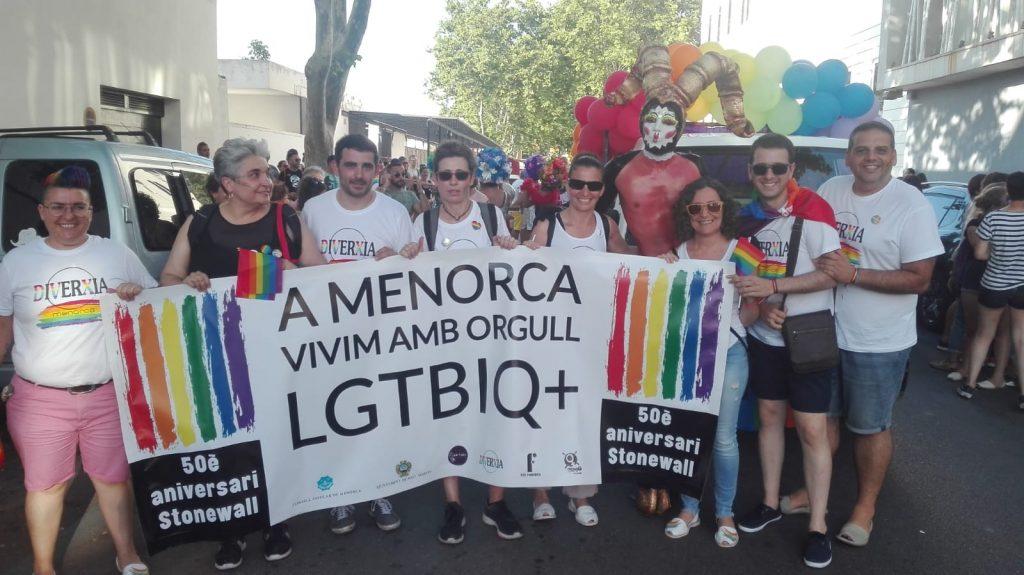 Marcha organizada por el colectivo LGTBI que se celebró en Menorca el año pasado. Imagen de archivo