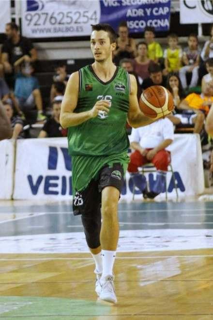 Dani Martínez, en un partido con el Cáceres (Foto: Bàsquet Menorca)