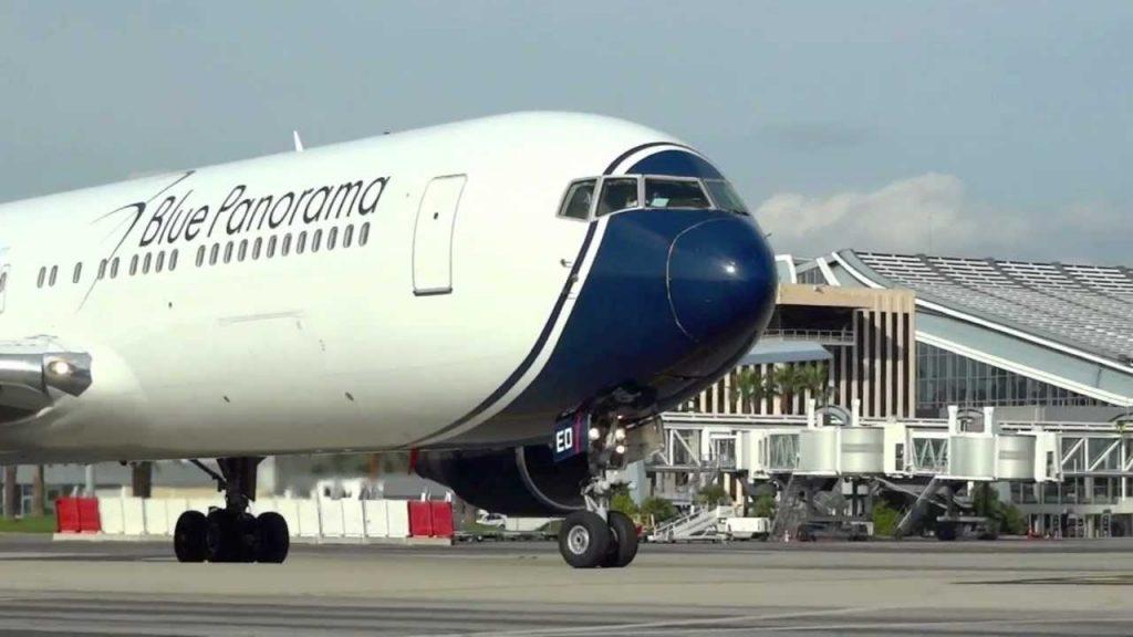 Avión de Blu Panorama.