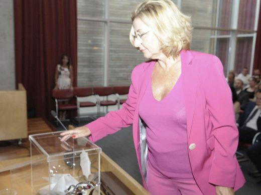 (Fotos) Susana Mora renueva como presidenta en una votación con sorpresa