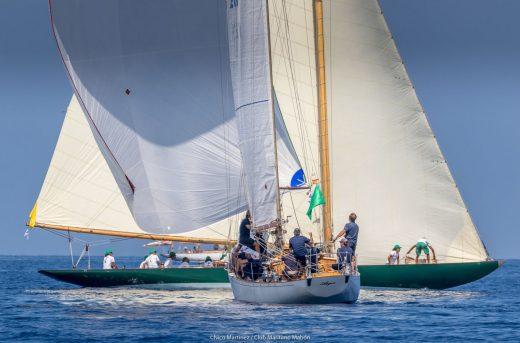 Argos y Olympia, ganadores de la XVI Copa del Rey de Barcos de Época en sus respectivas clases (Fotos: Nico Martínez)