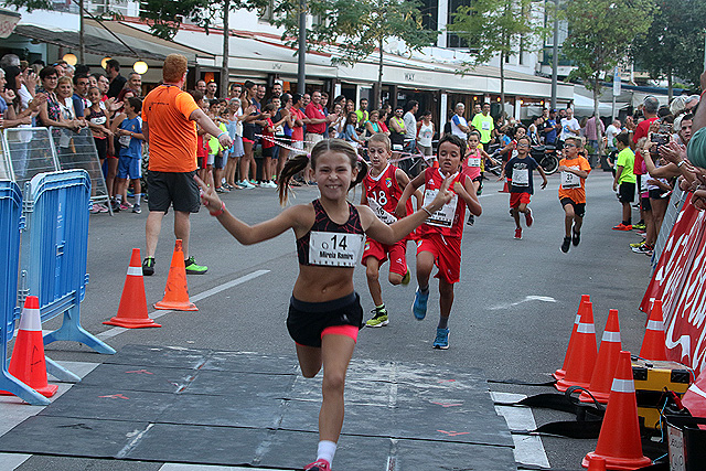 Triunfo de una atleta en una de las categorías menores (Fotos: deportesmenorca.com)