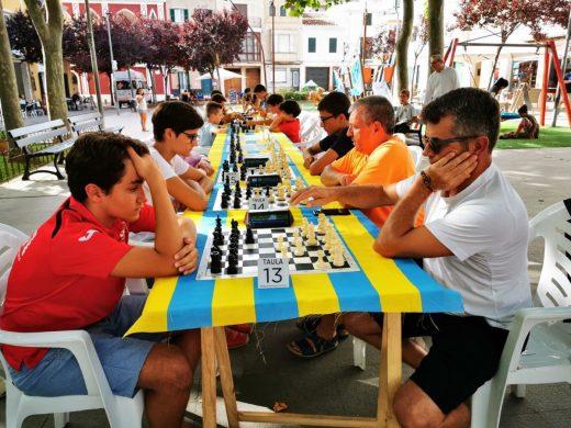 (Fotos) 44 jugadores en el Torneo de Ajedrez de Sant Llorenç