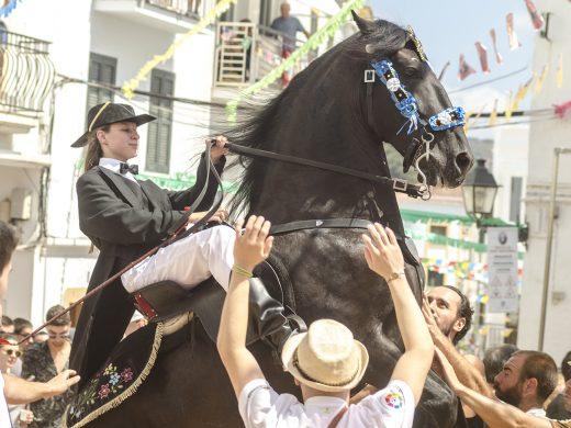 (Galería de fotos) Emoción y tradición en las fiestas de Sant Bartomeu 2019