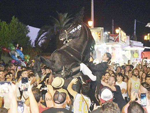 (Fotos) La fiesta estalla en Sant Climent