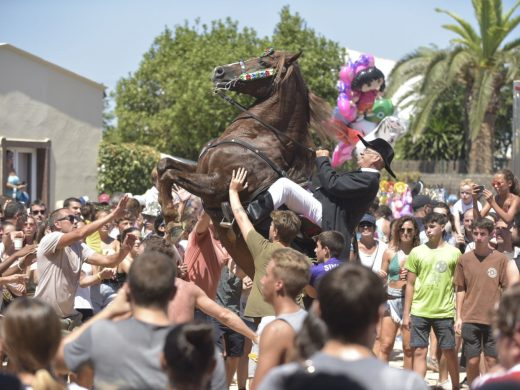 (Vídeo y fotos) Sant Climent prolonga la fiesta