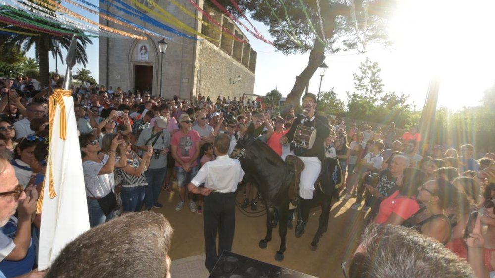 Primer toc de fabiol en las fiestas de Sant Gaietà (Fotos: Paco Sturla)