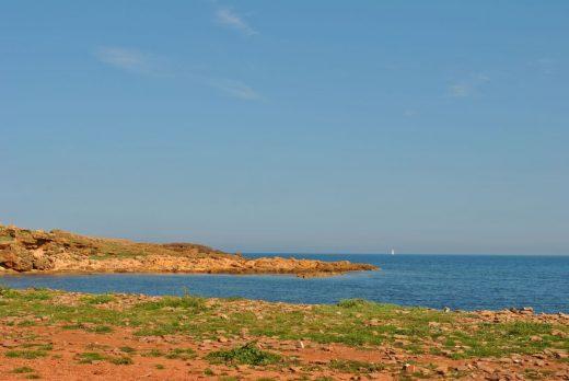 El cielo estará poco nuboso o despejado en Menorca