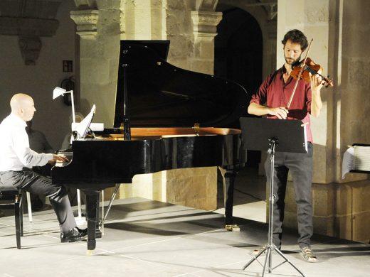 Un dúo inédito para cerrar los conciertos en el Claustre