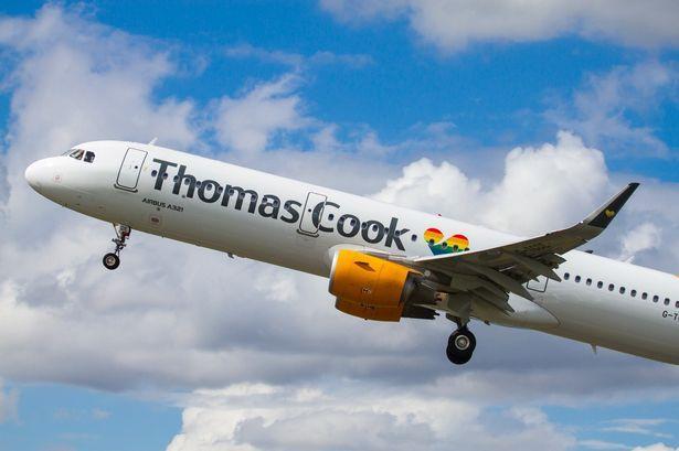 Avión de Thomas Cook.