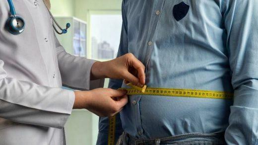 """OCU recuerda los riesgos de las famosas dietas """"milagro"""" y de los productos y medicamentos sin prescripción médica para adelgazar."""