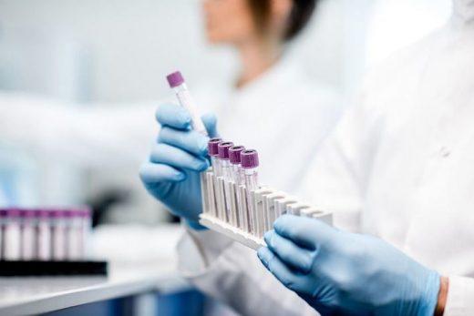 La Dirección General de Salud Pública ha dado aviso al Centro Nacional de Epidemiología e investiga el posible origen del contagio.