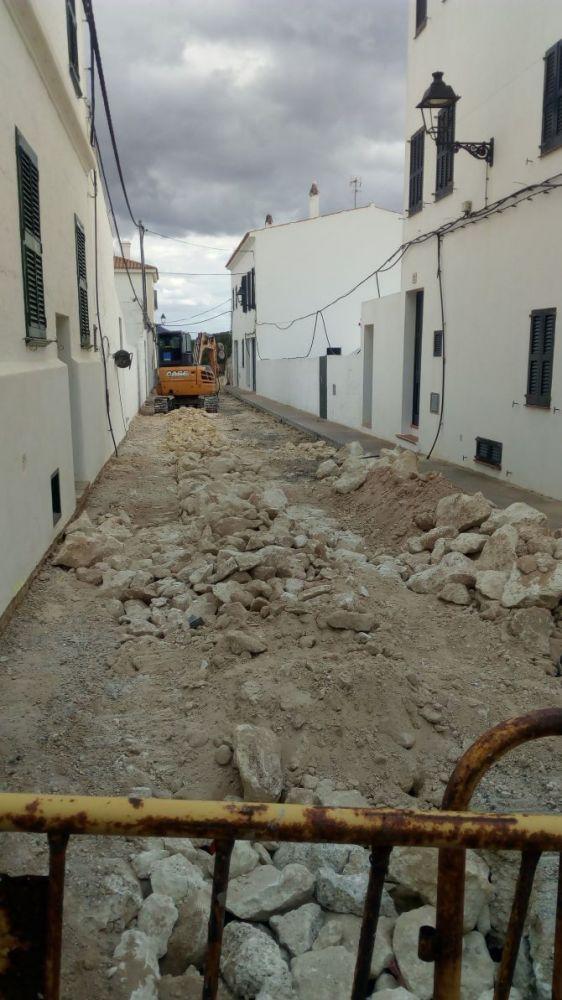 Las obras vuelven a las calles de Es Migjorn Gran