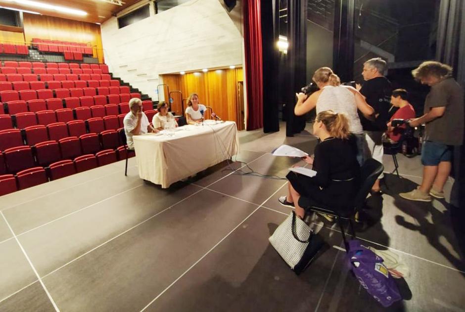 Momento de la presentación del programa (Fotos: Ajuntament de Sant Lluís).