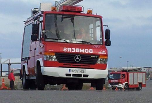 La nueva promoción de bomberos no se podrá incorporar hasta el próximo verano