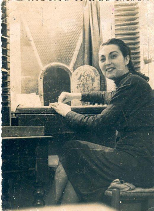 Enriqueta Uhler, taquillera del Teatro Principal en 1948 (Foto: Teatro Principal)