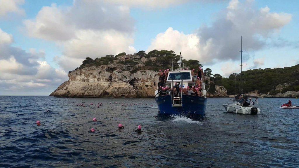 Una imagen de la salida de la prueba (Fotos: Swim in Menorca)