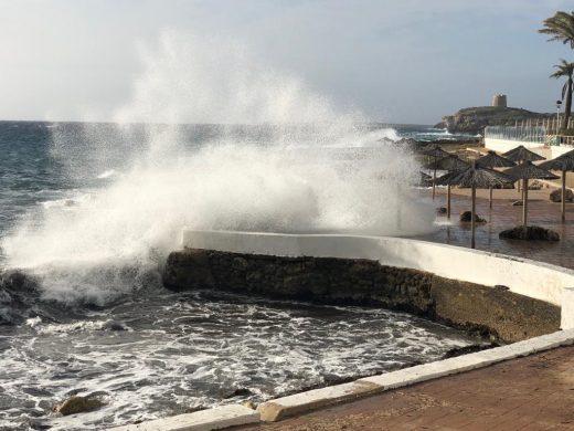 Imagen de esta mañana en S'Algar (Fotos: Tolo Mercadal)