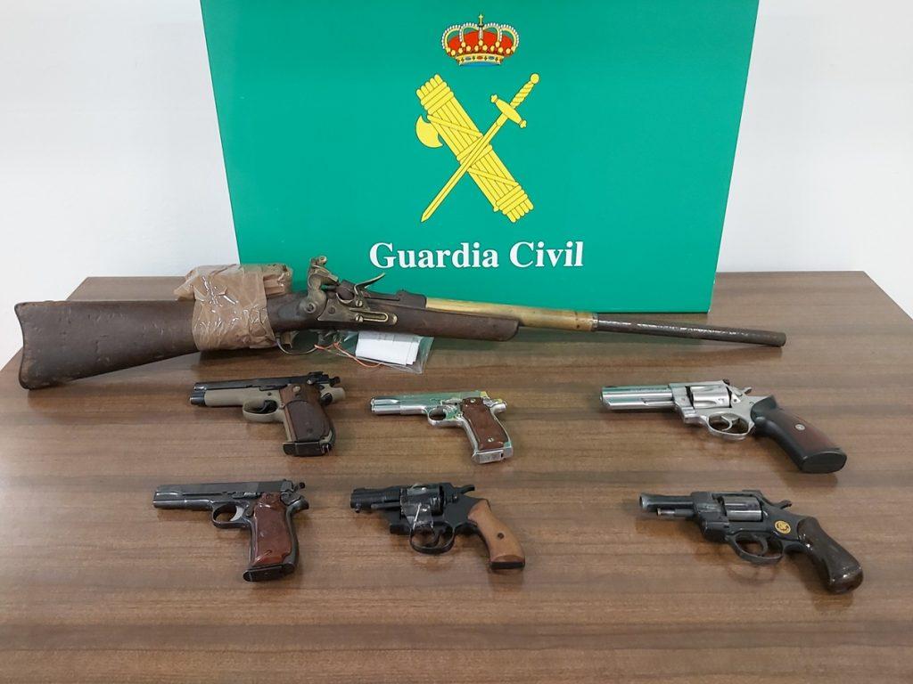 Imagen de las armas incautadas (Foto: Guardia Civil)