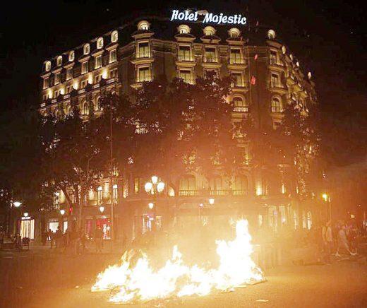 Actos vandálicos anoche en Barcelona (Foto: Mallorcadiario)