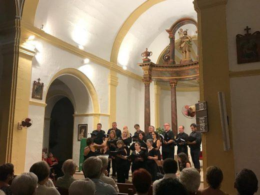 (Fotos) La emoción de los coros en Sant Cristòfol