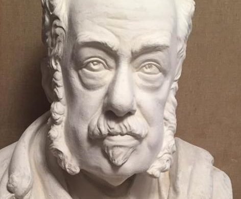(Fotos) Un busto de Josep Maria Quadrado en Ciutadella