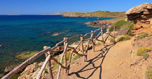 Las calas de la isla son algunas de las protagonistas de esta publicación (Foto: Turisme de les Illes Balears)