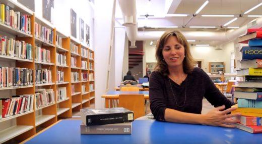 Imagen de uno de los vídeos de la campaña de promoción de las bibliotecas