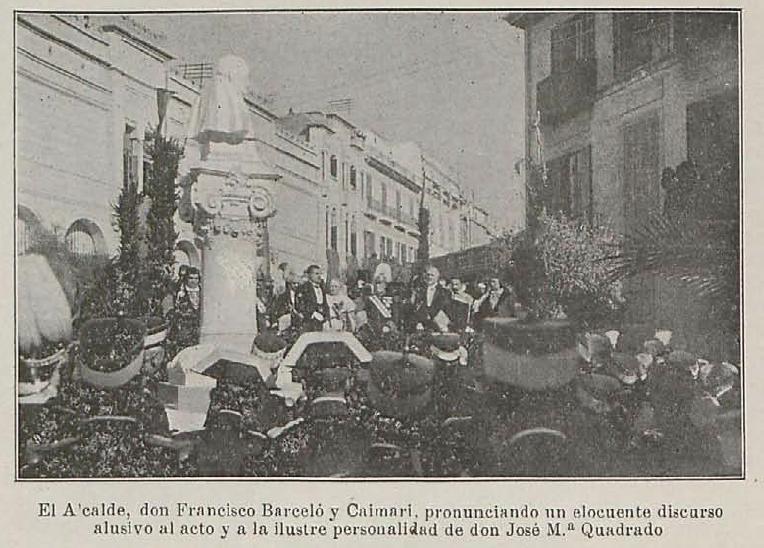 Otro momento de la inauguración del monumento.