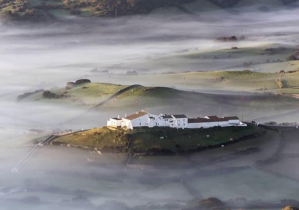 Imagen de la niebla esta mañana (Foto; Mikel Llambías)